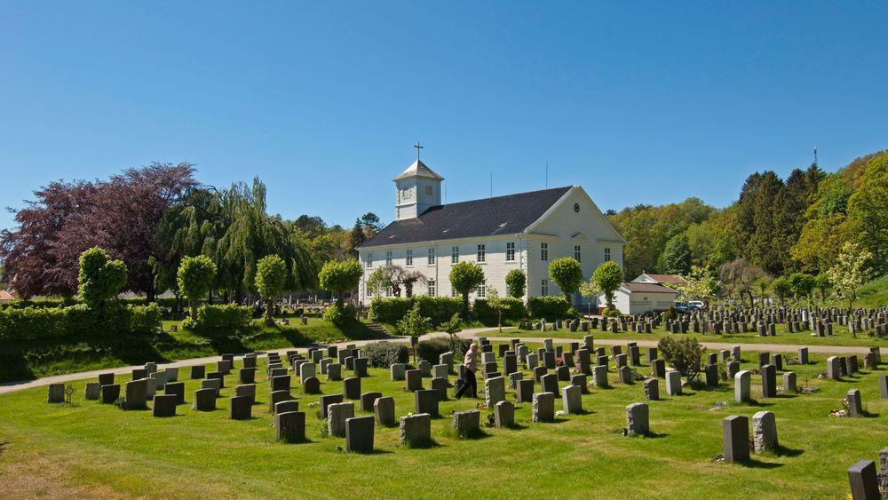 Mandal kirke har vedlikeholdsbehov for flere titall millioner kroner.