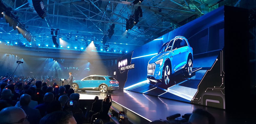 Audi E-tron lansert i San Francisco.