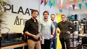 Gjengen i Plaato har nylig flyttet inn i nye kontorlokaler ved Bitraff i Oslo. Fra venstre: Michael Kononsky, Pål Ingebrigtsen, Tarje Sandvik, Tobias Knudsen.