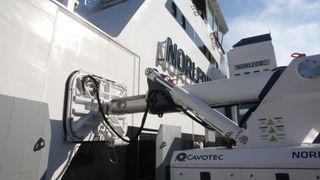 Nye muligheter for norsk teknologi: Antall skip øker - utslippene må halveres