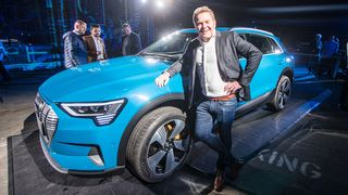 Audis leder for eksteriørdesign, Andreas Mindt, her under lanseringen av E-Tron 55.