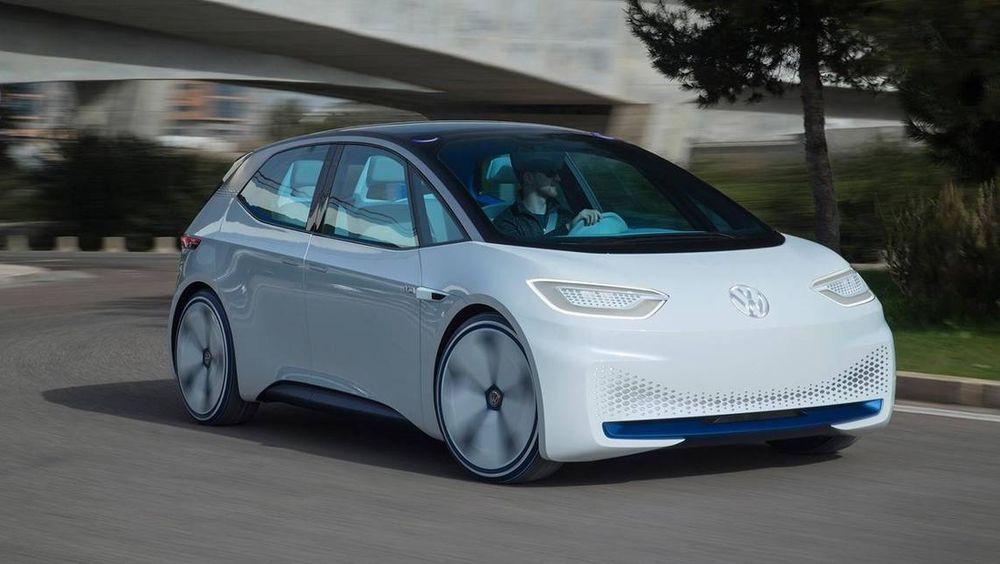 Volkswagen hevder de kommer til å lage den første folke-elbilen, med stort produksjonsvolum og lav pris.