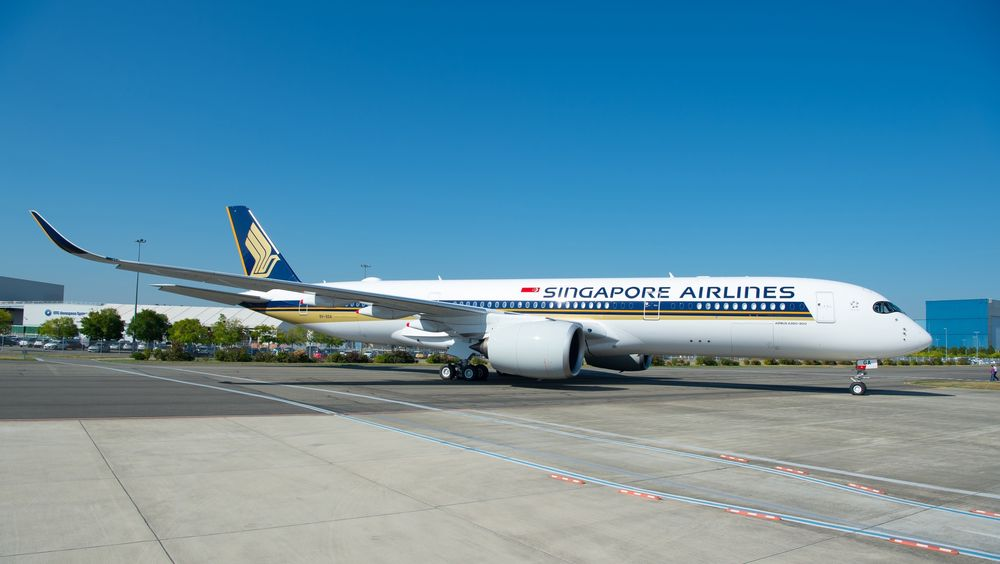 A350-900-Ultra-Long-Range-Singapore-Airlines-MSN220-delivery-009