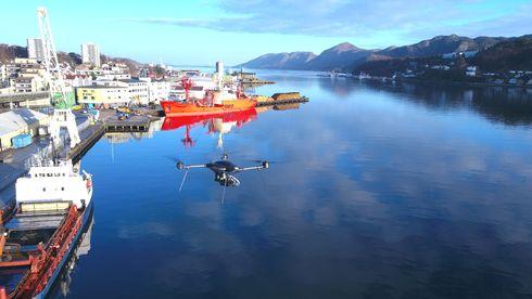 Sjøfartsdirektoratet samarbeider med Kystverket og Kystvakta om å bruke droner med svovelsensorer for å avsløre skip med for høyt svovelinnhold i drivstoffet.