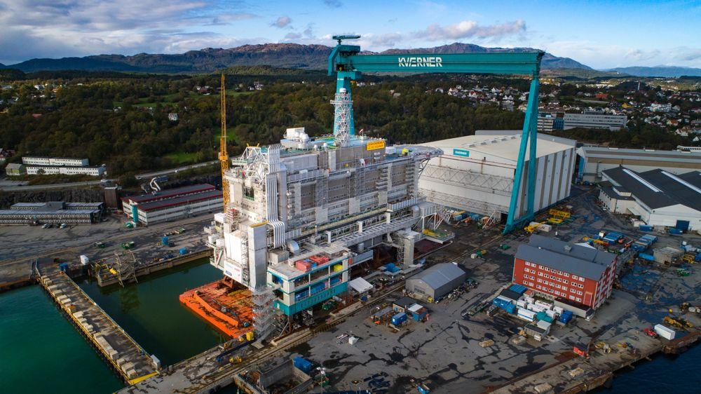 Nå er boligmodulen til Johan Sverdrup-feltet ferdig bygget. Til våren skal den fraktes ut til Nordsjøen for å installeres på feltet.