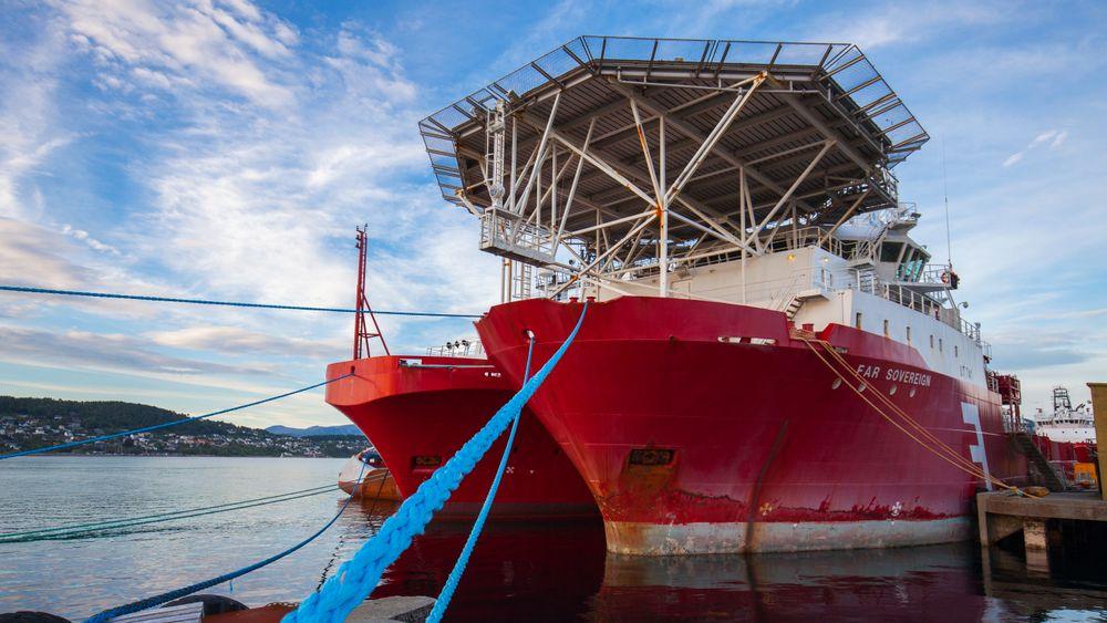 Norges største offshorerederi endrer navn til Solstad Offshore ASA og dropper Farstad fra selskapsnavnet.