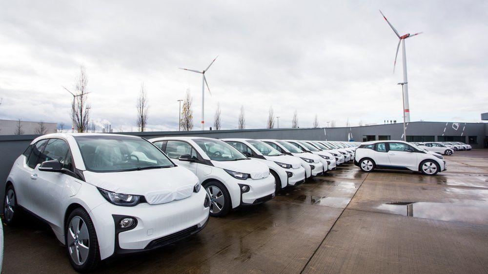 Danmarks statsminister vil ha en million elektriske biler på danske veier innen 2030.