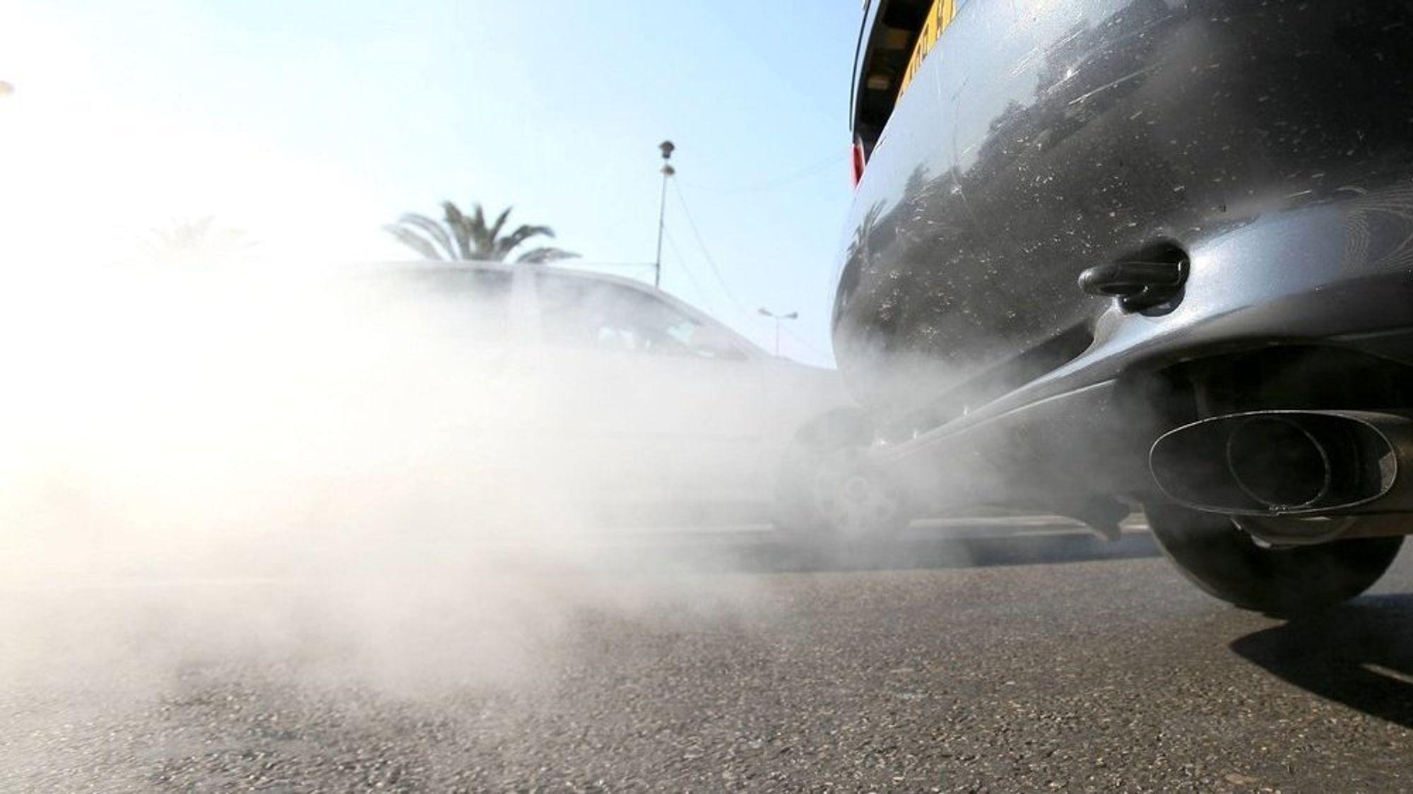 EU-parlamentet vil skjerpe CO2-kuttene fra biler.