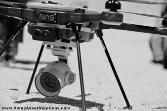 Dronene har fastmontert kamera i front og Kongsberg Seatex maritim bredbåndskommunikasjon slik at dronen alltid kan sende bilder til operatøren. IR-kamera og optisk kamera med 4K-oppløsning og 30 x zoom er en av utstyrspakkene dronene kan utstyres med.