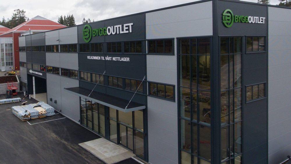 I disse nye lokalene i Ytre Enebakk åpnet ByggOutlet denne uken.