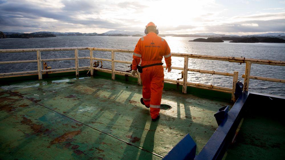 Illustrasjonsbilde av en arbeider ombord på Odfjell-eide Deepsea Atlantic, 2016.
