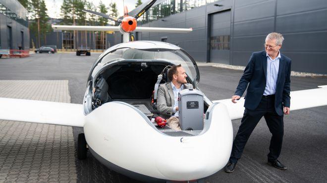 De norske elfly-byggerne tror ikke batteri er nok - designer ny rekkeviddeforlenger