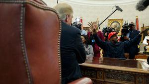 Mye gikk galt da Kanye West kom på besøk i Det hvite hus: – Jeg ler så jeg griner
