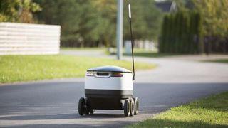 Danskene skal prøve ut selvkjørende varelevering - i seks kilometer i timen