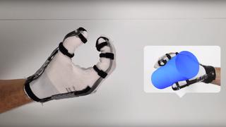 Gjør VR mer realistisk: Disse hanskene lar deg  føle  virtuelle objekter