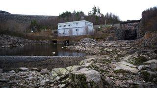 70 prosent av norske vannkraftverk skal få nye kjøreregler - Statkraft frykter flomvernet blir for dårlig