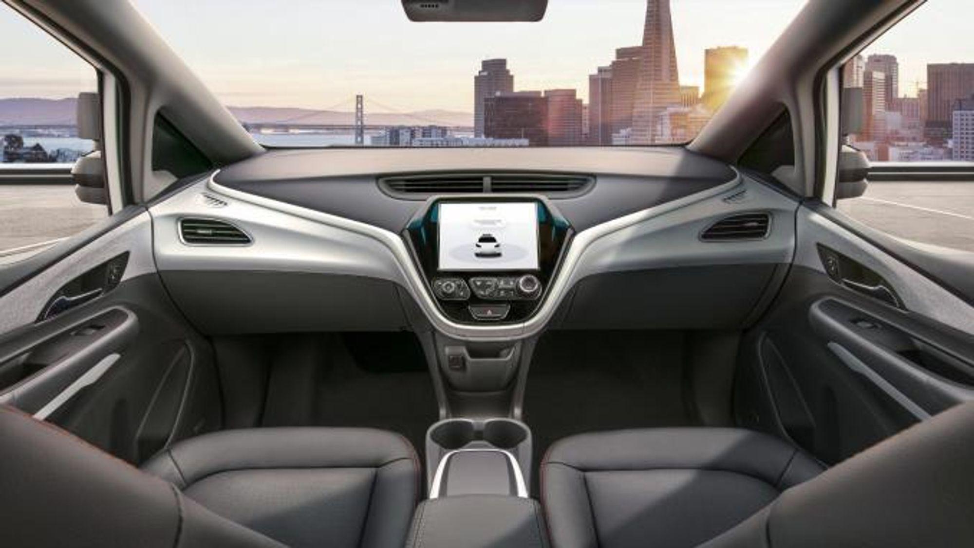 General Motors håper å få lov til å sende biler uten ratt og pedaler ut på veien neste år.