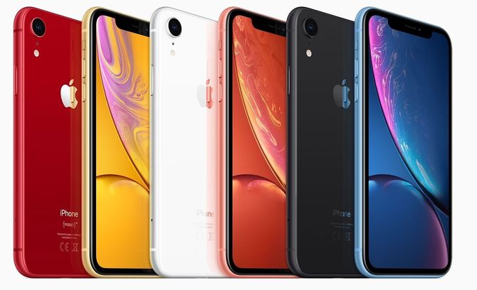 iPhone XR fås i seks ulike farger.