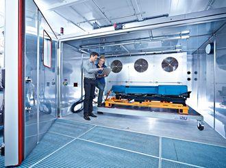 IAV har fasiliteter hvor de kan teste elbilbatterier.