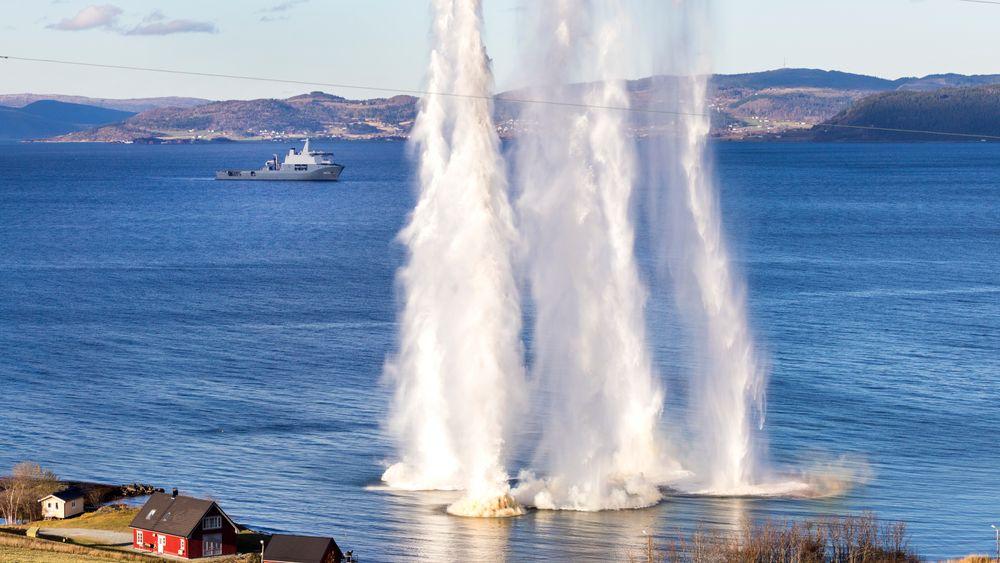 NATO og regjeringen har nedtonet den russiske øvelsen i Norskehavet, men i kulissene jobber norske myndigheter med å håndtere situasjonen, skriver Klassekampen. Her fra NATO-øvelsen Trident Juncture på Byneset i Trondheim tirsdag.