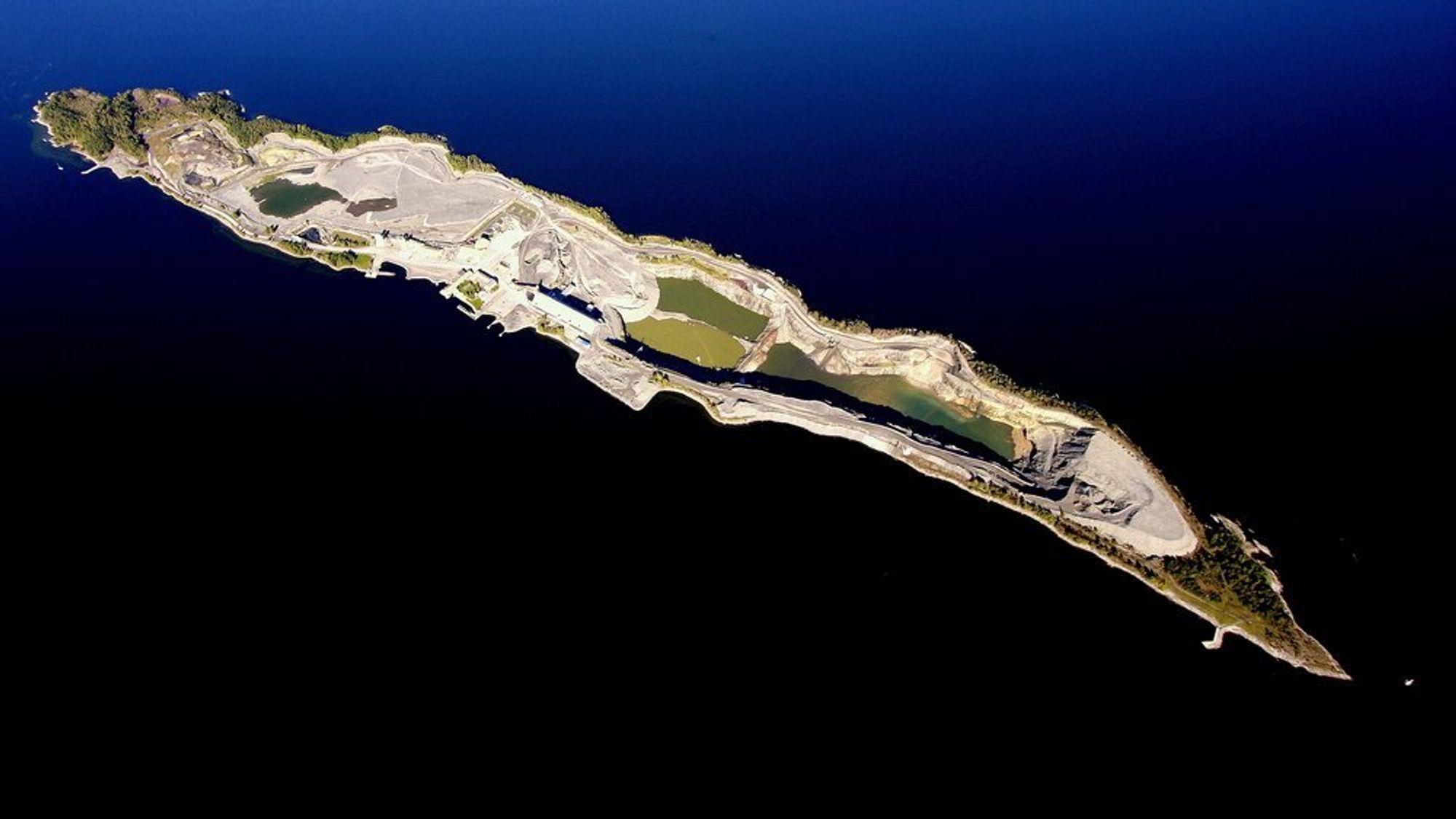 Deponiet på Langøya er snart fullt.