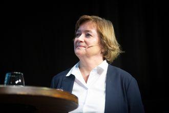 Hanna Relling Berg, konstituert styreleder i Norsk Redaktørforening. Her fra debatt om redaktørrollen under NRs høstmøte 5. november