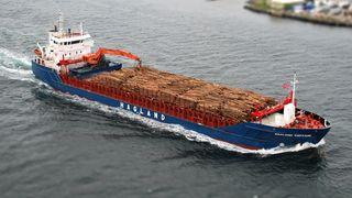 Hagland Captain - bulkskip-selvlosser. 4.7000 dødvekttonn. Lastekapasitet: 5720 m3 bulk eller 3.500 m3 tømmer. 92 meter lang, 14,5 meter bred.