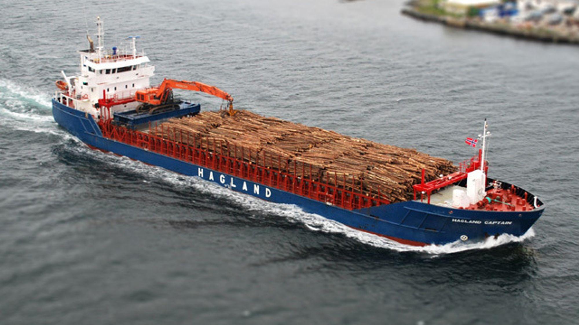 Bulkskipet Hagland Captain bygges om, får store batteripakker og forbereder motorene for biodiesel.