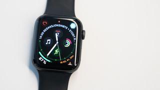 Test av nye Apple Watch: Helse-funksjonene kan redde liv