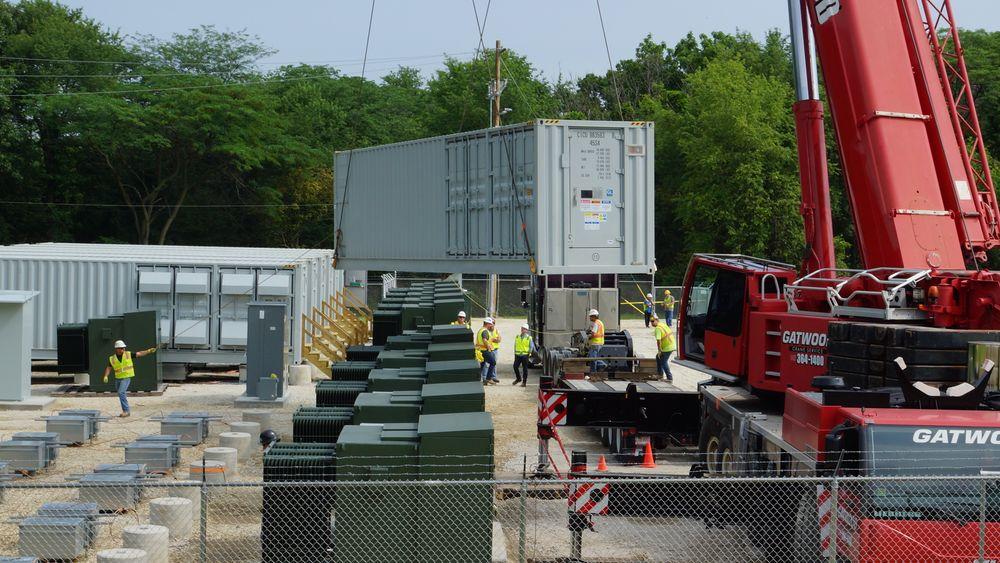 Batteriparken Jake Energy Storage utenfor Chicago, Illinois, kan lagre 7,8 MWh strøm og har en totaleffekt på 19.8 MW.