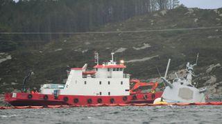 KNM Helge Ingstad har sunket. Usikkert om fregatten kan berges