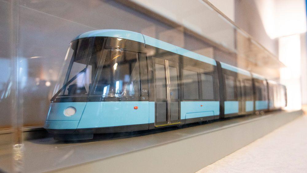 De nye trikkene i Oslo ble presentert i Oslo rådhus torsdag. De nye trikkene blir produsert av den spanske leverandøren CAF og har fått navnet SL18.