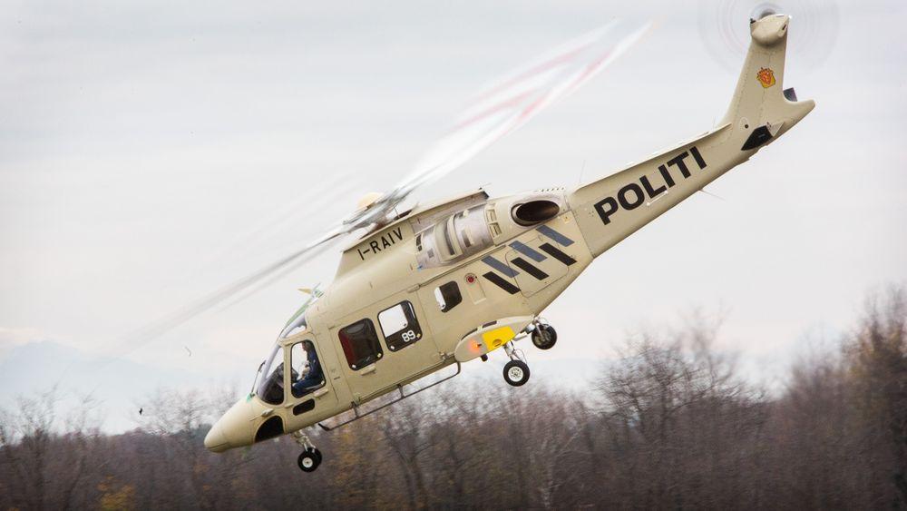Dette er det første kommende norske AW169-politihelikopteret på den første flygningen 22. november.