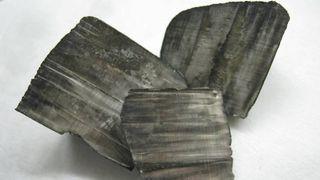 Elbil-revolusjonen var i ferd med å tømme kloden for litium. Så fant de mer