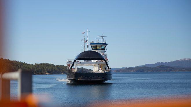 Nå kan Folgefonn seile automatisk fra havn til havn og legge til selv