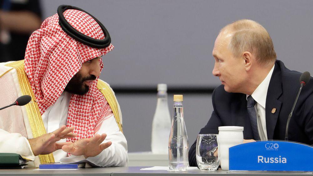 At Saudi Arabia og Russland er blitt enige om å forlenge avtalen om kutt i oljeproduksjonen, har bidratt til å løfte oljeprisen mer enn fem prosent.