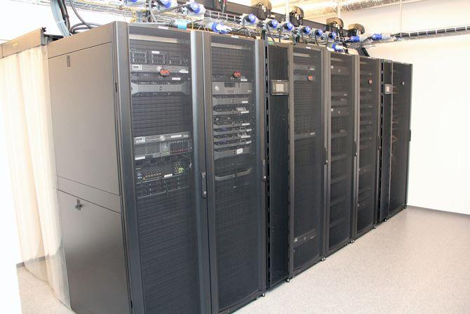 Serverparken til Ibas står i kjelleren hos selskapet, i lokaler som tidligere har blitt brukt til bankvirksomhet.