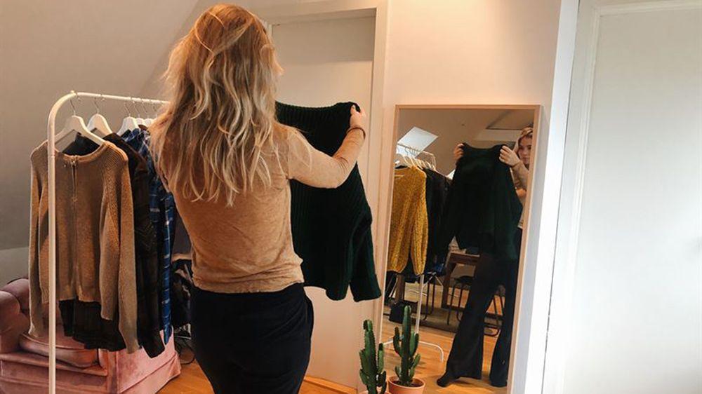 831f7897 I følge en undersøkelse fra Klarna er det ikke unormalt at forbrukere  bestiller klær på nett