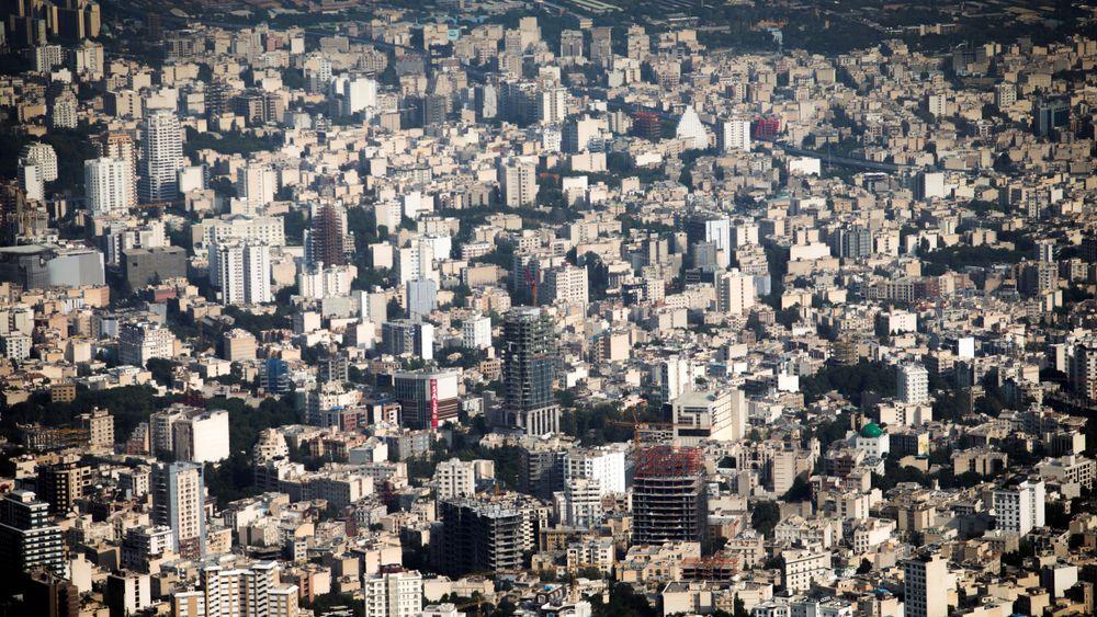 Den kraftige befolkningsveksten fører til at grunnvannet og grunnen synker stadig raskere i Teheran.