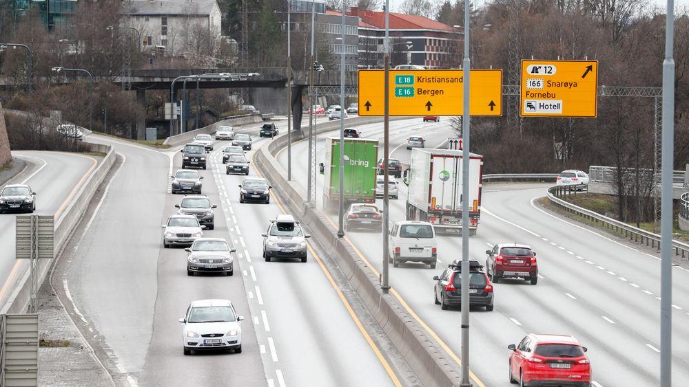 Utbyggingen av nye E18 mellom Lysaker og Asker utsettes fordi prosjektet ikke får støtte over statsbudsjettet i 2019.