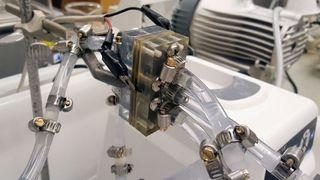 Et tynt lag olje kan gi batterier som holder 8 ganger lenger på energien