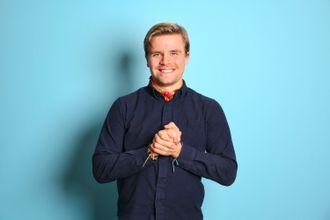 Jonas Scheie Hammer (25) blir ny programleder i «Rød løper».