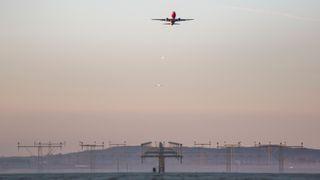 Vil bruke usynlige digitale gjerder for å holde droner unna norske flyplasser