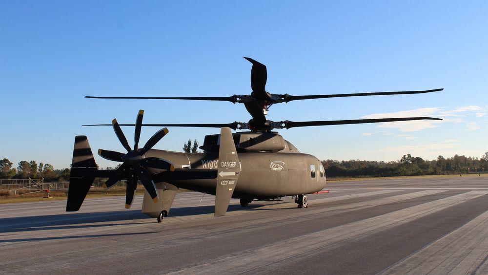 SB>1 Defiant befinner seg på Sikorskys testanlegg i West Palm Beach i Florida der det skal fly for første gang om kort tid.