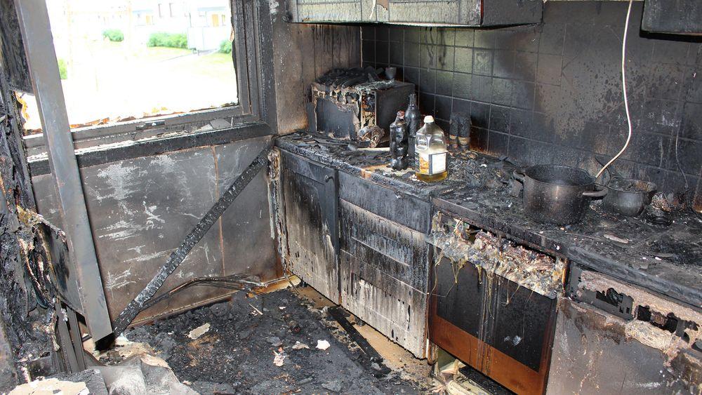 De fleste boligbranner starter på kjøkkenet, Tørrkoking er den vanligste enkeltårsaken, men det elektriske anlegget står for over 25 prosent av brannene.