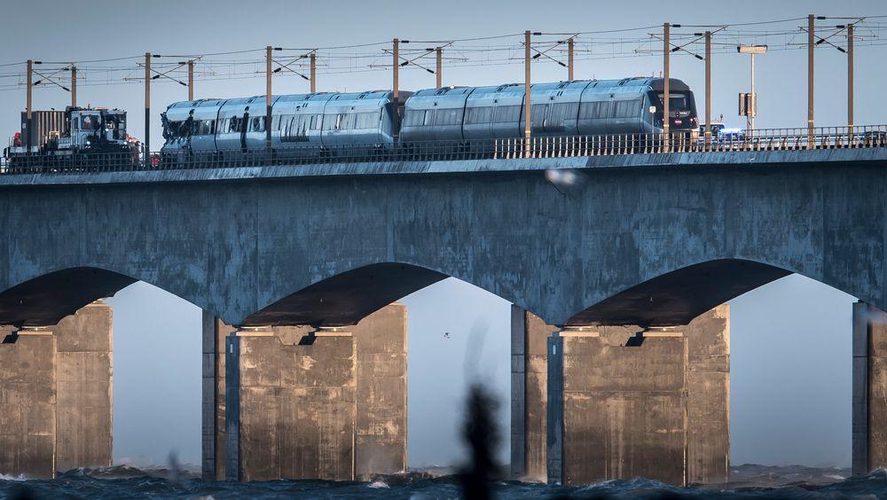 Alle de åtte som mistet livet i togulykken i Danmark onsdag, var danske statsborgere, bekrefter dansk politi. Nå håper Havarikommisjonen ferdsskriverne vil si mer om årsaken til ulykken.
