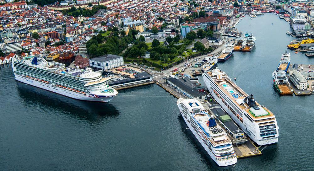 Bergen hadde 342 cruiseanløp i 2018. Alle cruiserederiene som har Bergen på destinasjonslisten, er positive til å bruke landstrøm.