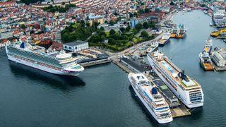17 cruiseskip vil bruke landstrøm i Bergen neste år. Det er bare starten