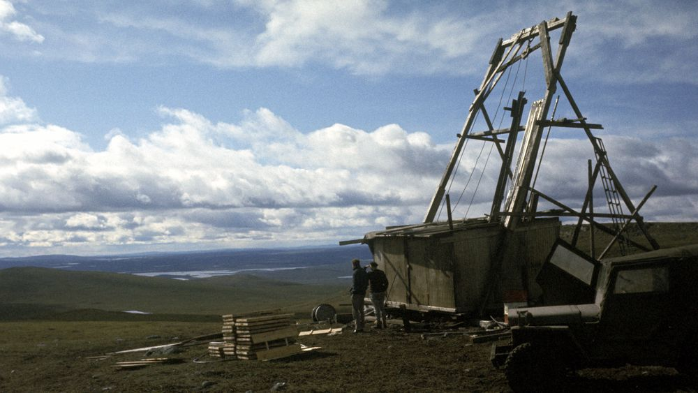 I Bidjovagge ved Kautokeino har det vært gruvedrift tidligere. Nå vil et svensk firma grave etter gull i området. Bildet er fra Bidjovagge gruver i 1966.