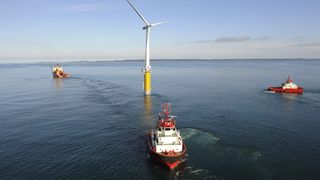 Equinor har solgt verdens første flytende vindmølle